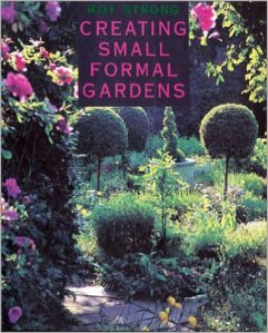 creating-small-formal-gardens