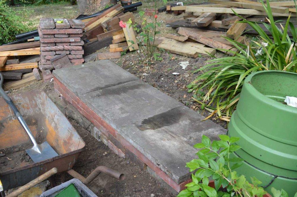 Bench plinth